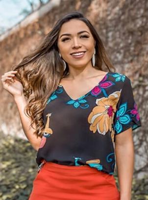 Blusa Plus Size Preta Viscose Floral