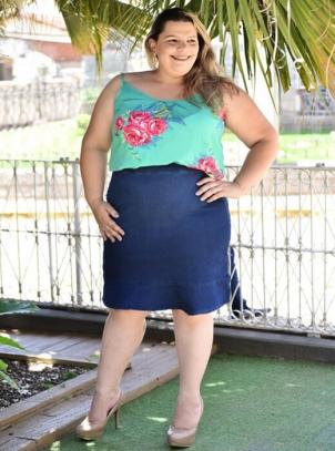 Saia Plus Size Jeans com Lycra