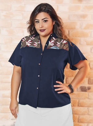 Camisa Plus Size Crepe Bordada