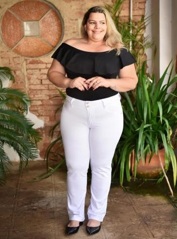 Calça Branca Plus Size Cigarrete