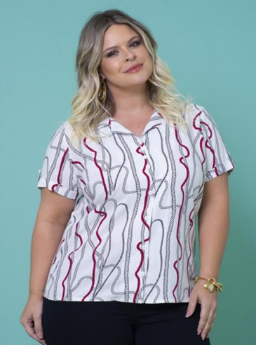 Camisa Plus Size Estampada em Viscose
