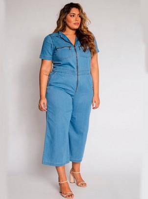 Macacão Plus Size Jeans Pantacourt