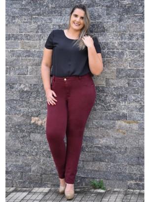 Calça Plus Size Skinny Alta Bordô
