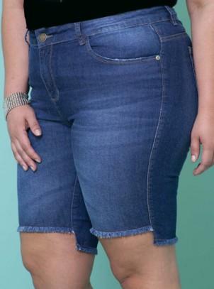 Bermuda Plus Size Azul Jeans Barra Desfiada