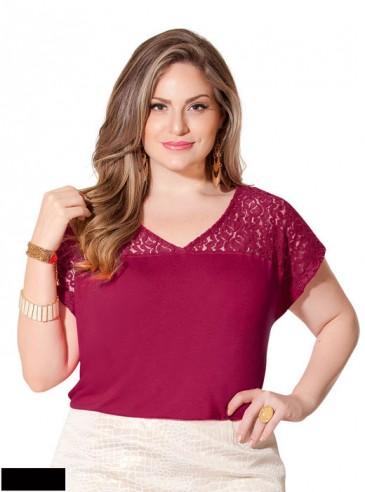 Blusa Plus Size Preta Viscose com Renda